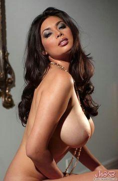 Nude muscle women gifs