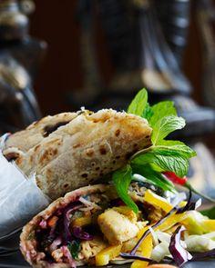 Lamb Tikka Roll - indisk food bindia