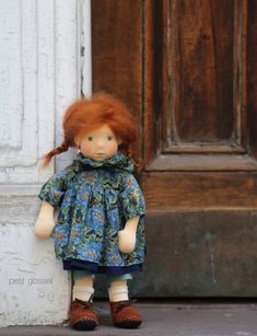 This intensive class will take place in Brooklyn, NY. It will cover many doll-making techniques and design details. We will create a doll. White Linen Dresses, Mohair Yarn, Textiles, Liberty Print, Waldorf Dolls, Hello Dolly, Baby Alpaca, Fabric Dolls, Needle Felting