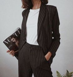 Повседневные образы — Модно / Nemodno Classy Outfits, Pretty Outfits, Look Fashion, Korean Fashion, Mode Outfits, Fashion Outfits, Professional Outfits, Business Outfits, Minimal Fashion