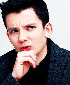 #asabutterfield Aw! His face is SO WAY TOO CUTE!!! <3