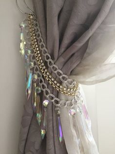 SET OF 2 Hollywood glam tieback, Bohemian crystals curtain holders, silver and gold chains decorative AB clear crystals Pair of Hollywood glam tieback… - New Deko Sites