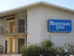 Whites City (NM) Rodeway Inn United States, North America Set in a prime location of Whites City (NM), Rodeway Inn puts everything the city has to offer just outside your doorstep. Offering a variety of facilities and services, the hotel provides all you need for a good night's sleep. All the necessary facilities, including facilities for disabled guests, car park, pets allowed, are at hand. Hair dryer, coffee/tea maker, ironing facilities can be found in selected guestrooms. ...