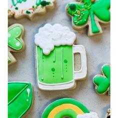 Beer Mug Cookie Cutter Beer Cookies, St Patrick's Day Cookies, Cut Out Cookies, Birthday Cookies, Fun Cookies, Cupcake Cookies, Decorated Cookies, Cupcakes, Mug Sugar Cookie