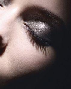 Chanel illusion d ombre Produits De Beauté, Maquillages, Automne, Faire  Pousser Ses 7485c0779248