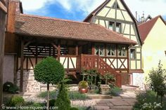 Alsace vacation rentals and gites in Riquewihr | 15 luxury romantic holiday lettings by the owner | Romantic holiday rentals in Riquewihr one of the most beautiful villages of France | Riquewhir or Riquevir.