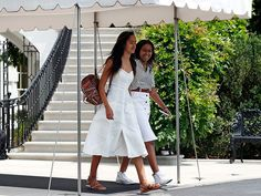 Up, Up and Away! The Obamas Head to Martha's Vineyard for a 2-Week Family…