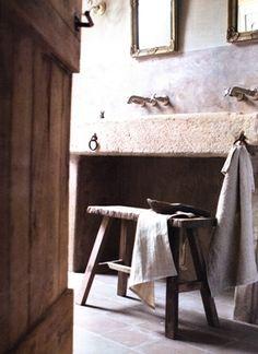 stoer landelijke badkamer