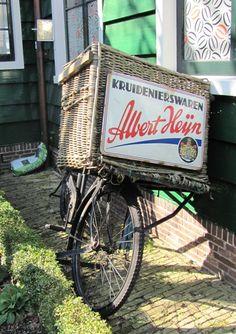 Vintage Albert Heijn bicycle basket