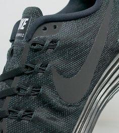 buy online 72e2a fe8e2 Nike Lunar Tempo 2 Nike Lunar, Black Nikes