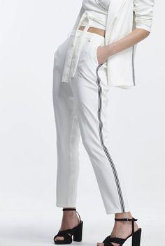 7cd8ab8ea Macacão Estampado Pantacourt em 2019 | colcci | Dresses, Wrap Dress e  Fashion