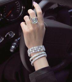 Ring and bracelets. Pezzo unico by Bartorelli Maison Diamond Bracelets, Diamond Jewelry, Bangle Bracelets, Gold Jewelry, Jewelry Accessories, Jewelry Design, Jewellery, Ring Bracelet, Cute Jewelry