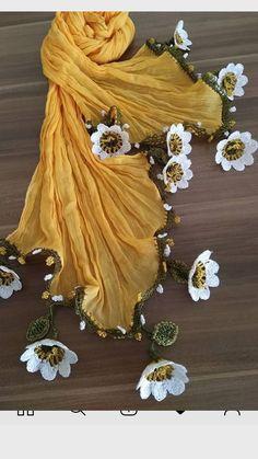 Best 12 Bufandas y crochet – SkillOfKing. Crochet Brooch, Crochet Motif, Crochet Shawl, Crochet Lace, Crochet Stitches, Crochet Hooks, Crochet Patterns, Lace Knitting, Crochet Flower Tutorial