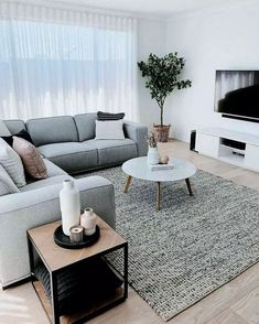 Minimalist Living Room Furniture, Small Living Room Furniture, Cozy Living Rooms, Living Room Interior, Small Living Room Designs, Interior Rugs, Rugs In Living Room, Kitchen With Living Room, Modern Living Rooms
