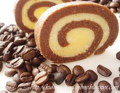 La cuisine creative: Brzi rolatic sa kafom Baking Recipes, Dessert Recipes, Desserts, Pavlova, No Bake Cake, Sausage, Rolls, Cookies, Sweet