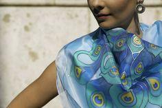 Kézzel festett, nagy méretű selyemkendő, Selyemmánia, Budapest hand-made silk scarf