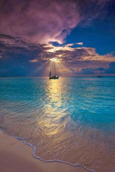Makalawena Beach - Kailua Kona, Hawaii | Incredible Pictures