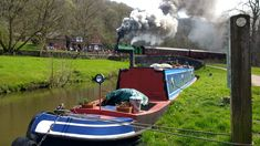 At Black Lion pub, Consall Forge Black Lion, Narrowboat, Ted, Train, Zug, Strollers