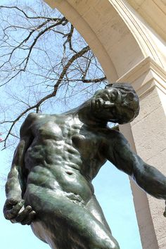 Outside the Rodin Museum by Tom Ipri, via Flickr