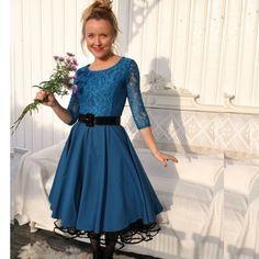 Retroklänning 50-tal Jenny, blå spets - Odd-Living.com