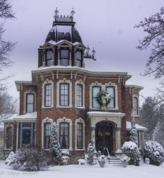 architecture - Victorian Home Goderich Victorian Architecture, Beautiful Architecture, Beautiful Buildings, Beautiful Homes, Spanish Architecture, Victorian Style Homes, Victorian Houses, Victorian Decor, Old Mansions