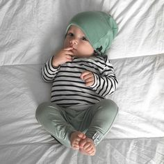 Outfit Baby Boy or Baby Girl! Outfit Baby Boy or Baby Girl! Baby Outfits, Outfits Niños, Cute Boy Outfits, Baby Dresses, Newborn Outfits, Baby Boy Fashion, Fashion Kids, Newborn Fashion, Little Boy Fashion