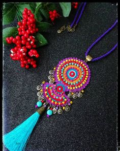Fabric Jewelry, Boho Jewelry, Jewelry Art, Jewelery, Handmade Jewelry, Hand Embroidery Videos, Hand Embroidery Designs, Crochet Crafts, Cute Crochet