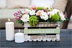 Arreglos florales en cajas de madera
