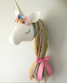 Party Unicorn, Felt Crafts, Diy Crafts, Jungle Decorations, Dolly Doll, Unicorn Pattern, Feather Crafts, Paper Crafts Origami, Cat Doll