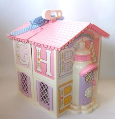 vintage my little pony playhouse...i use to have this exact one when I was a little girl!!! man...that takes me back :) good memories!