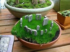 Mini Stonehedge Moss garden. My history buff boyfriend would certainly approve of a historic themed moss garden...