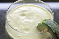 Clean Eating Recipe – Avocado Loves Banana Smoothie | Clean Eating Recipes