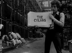 """""""Subterranean Homesick Blues"""" by Bob Dylan; promo for DJ Pennebaker film about Dylan, """"Don't Look Back,"""" from album Don't Look Back, 1965 Bob Dylan, Music Songs, My Music, Music Videos, Folk Music, Route 66, Lps, Marketing Musical, Einstein"""
