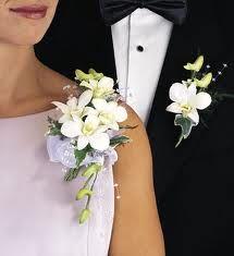 White Dendribium Corsage and Matching Boutonniere Orchid Corsages, Corsage And Boutonniere, Flower Corsage, Boutonnieres, Prom Flowers, Bridal Flowers, Wedding Prep, Dream Wedding, Corsage Wedding