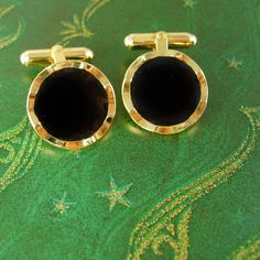 Vintage Waffle Edges Black Enamel Cufflinks High Quality Gold Filled Estate Heirloom Swivel Angle Post Wedding Tuxedo Valentines. These are a gorgeous pair of black and gold filled cufflinks, They are in very good vintage condition, well made and medium weight. They have swiveled angled post and are very high quality. Great for a wedding, tuxedo or Valentine's Day. feb1 2014