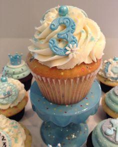 Cinderella Smash Cupcake
