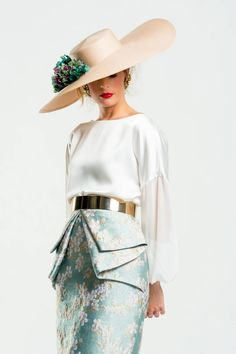 New Path Skirt - Water Green Wedding Guest Style, My Fair Lady, Autumn Street Style, Mode Vintage, Classy Dress, I Dress, Passion For Fashion, Editorial Fashion, Spring Fashion