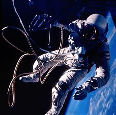 Ed White made the United States' first spacewalk on June 3, 1965 during the Gemini 4 mission. The extra-vehicular activity (EVA) started at 19:45 UT (3:45 p.m. EDT) on the third orbit when White opened his hatch and used the hand-held manuevering oxygen-jet gun to push himself out of the capsule and lasted 23 minutes.