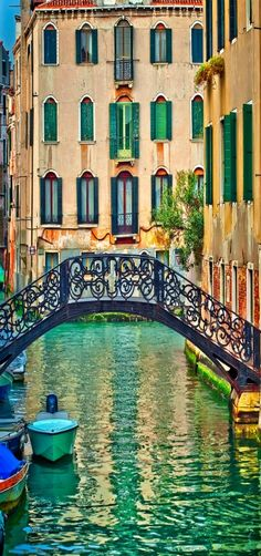 A simple Venice canal shot, Italy by Neil Cherry