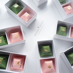 Nectar and stone green and pink chocolate truffles. { Via Everything Chic: http://everything-chic.com/2015/06/05/contemporary-chocolate-nectarstone/ }