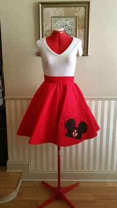 Each skirt is made to the customers own waist measurement in Inches. when ordering your skirt send me your waist size and it will be made tob Disneyland Outfits, Disney Bound Outfits, Disney Inspired Outfits, Themed Outfits, Disney Style, Edna Mode, Dapper Day Outfits, Cute Outfits, Disney Nerd