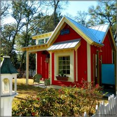 The Little Red Bungalow: Beautiful Tiny Cottage - Tiny House Pins Style Cottage, Cute Cottage, Red Cottage, Cottage Homes, Cottage Ideas, Cottages And Bungalows, Cabins And Cottages, Little Cottages, Small Cottages