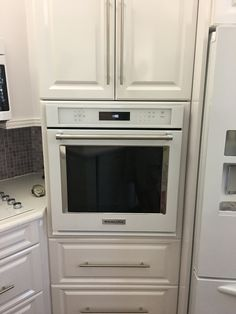Single Wall Oven Installation.  We have over 15 years experience installing and repairing appliances. Our experts can have your oven delivered and installed quickly. Hire us today! (239) 309-0404