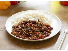 Try this healthier, low fat Chilli Con Carne recipe for a tasty take on a classic. Enjoy a low calorie vegetarian version of with Quorn Meat Free Mince. Quorn Recipes, Mince Recipes, Chilli Recipes, Veggie Recipes, Vegetarian Recipes, Veggie Meals, Veggie Food, Vegetarian Chilli Con Carne, Chilli Con Carne Recipe