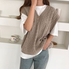 outfit and style inspo Women's Clothing - Today's Fashions Today's women's clothing are a line of ul Sweater Vest Outfit, Vest Outfits, Denim Outfit, Casual Outfits, Argyle Sweater Vest, Knit Vest, Aesthetic Fashion, Aesthetic Clothes, Modest Fashion