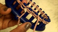 Loom Knitting for Beginners. Basic loom knitting on a round loom. Loom Knitting for Beginners. Basic loom knitting on a round loom. Short and Sweet. Record of Knitting Yarn spinning, wea. Loom Knitting For Beginners, Round Loom Knitting, Loom Knitting Stitches, Loom Knit Hat, Bamboo Knitting Needles, Knitting Basics, Knifty Knitter, Loom Knitting Projects, Knitting Videos