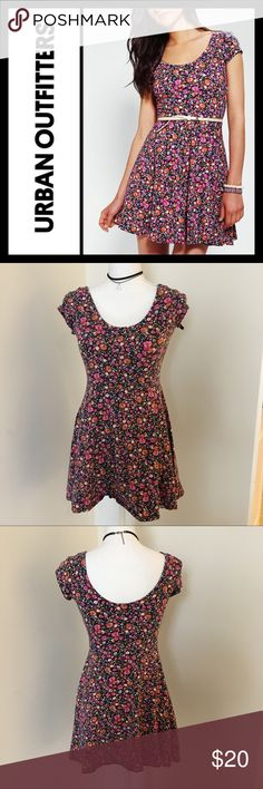 "Urban Outfitters Kimchi Blue Floral Skater dress GUC, Only flaw us some very minor fading from being washed - and the tag is loose - other than that perfect condition! Size is small and is about 27"" from top to bottom! Urban Outfitters Dresses"