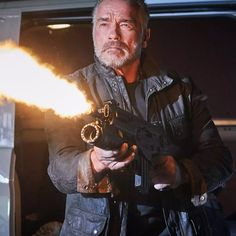 Arnold Schwarzenegger, T 800 Terminator, Terminator Movies, Arnold Photos, Powerlifting Motivation, Handsome Older Men, Best Action Movies, In Theaters Now, Fiction Movies