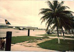 https://flic.kr/p/b5xqG | Primeiro Jumbo nos Guararapes Abr 1980 Lufthansa_7 | Recife. Abril de 1980.  Festa para os spotters.. Primeiro B 747 Jumbo a pousar no Recife. Lufthansa.
