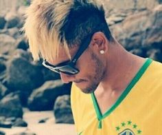 Fan's at neymar Jr (Tcr) India Soccer Baby, World Cup 2014, Neymar Jr, Dream Guy, Lionel Messi, Fc Barcelona, Football Players, Mirrored Sunglasses, Husband